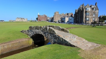 St Andrews Small Group Day Tour from Edinburgh