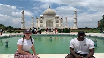 From Delhi : Private Sunrise Tour to Agra & Taj Mahal