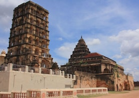 Explore Tanjore - visiting Brihadishwara Temple