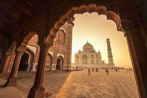 Luxury Taj Mahal & Agra Tour From Delhi By Mercedes/Audi Car