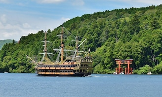 Mt.Fuji, Owakudani, Hakone Pirate Ship& Outlet shopping!