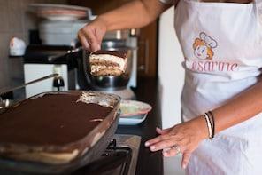 Vietri sul Mare:Pizza & Tiramisu class at a Cesarina's home