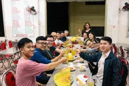 Private Half-Day: Authentic Food plus Non-touristy City Tour