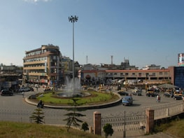 Explore Shillong town for its bazaars