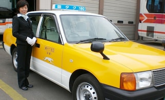 Airport taxi from Hakodate Airport to Sapporo Station