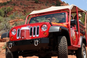 Canyons & Cowboys Jeep Tour in Sedona