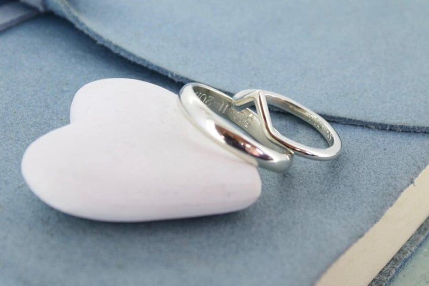 A plain and a shaped ring.