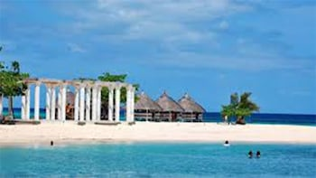 PRIVATE MACTAN ISLAND HOPPING TOUR PACKAGE