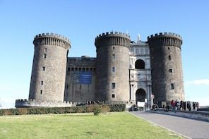 Walking Tour in the Historic Center of Naples - Small Group
