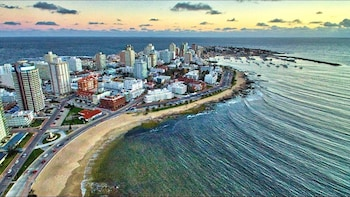 Full Day Punta del Este City Tour - From Montevideo, Uruguay