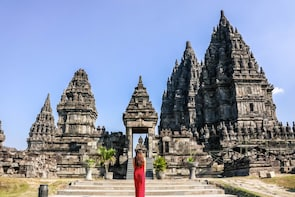 Yogyakarta Private Dutch Tour Guide with Custom Itinerary