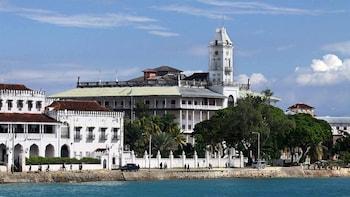 Stone Town & Prison Island Tour