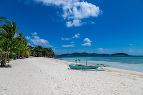 Private Coron Escapade Tour with buffet lunch & snorkel gear