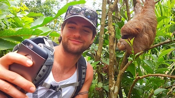 Sloth Discovery Tour