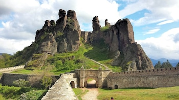 Two Bulgarian natural wonders in one day – Private tour