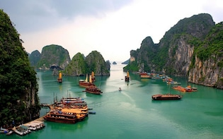 Halong Bay Day Tour from Hanoi