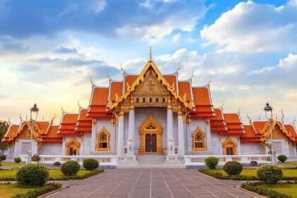 Wonderful Bangkok Tour including Wat Trimit, Wat Pho & Wat Benchamabophit
