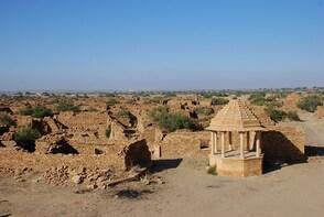 Visit abandoned village of Kuldhara and enjoy camel ride