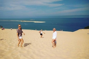Private morning trip to the Dune of Pyla & oysters tasting at the local mar...