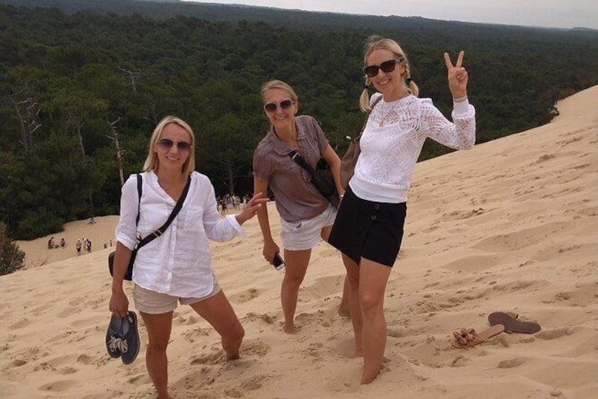 Show item 2 of 10. Hiking-up the Dune, easy!