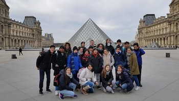 3-Day Paris and Versailles Tour from Brighton