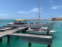 Chubasco Private Snorkeling & Sunset Cruises