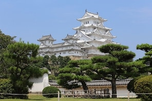 Himeji Castle & Akashi Kaikyo Bridge World Heritage Walking