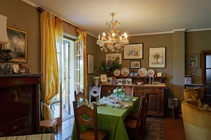 Dining experience at a Cesarina's home in Lake Maggiore