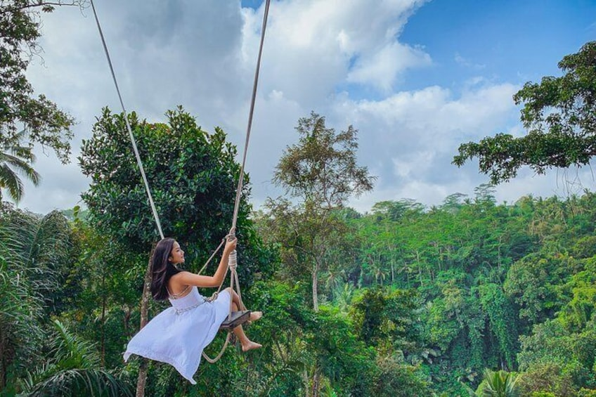 Skip the Line: Sky Swing Bali Ticket