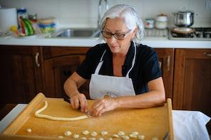 Pasta-Making Class at Cesarina's Home with tasting - Bari