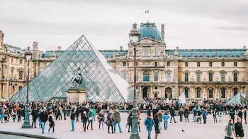 2 Days in Paris with Private Local Guide