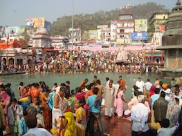 Excursion to Haridwar for visiting ghats and temples