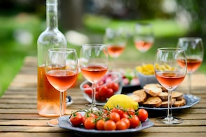 The art of the Aperitivo with a Cesarina in lake Garda