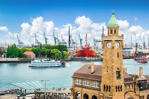 Panoramic Hamburg Tour (3h, max. 5 people, chauffeur, guide)