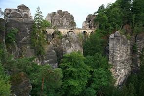 Private Saxon Switzerland Day Tour (9h, chauffeur, guide)