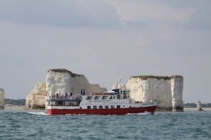 Jurassic Coastal Cruise to Swanage from Poole