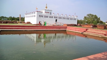 Lumbini Tour from Lucknow