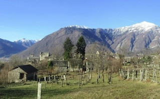 Guided Hiking Tour in the Ossola Valley with Wine Tasting
