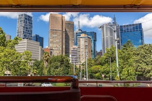 Melbourne Zoo + Hop-On Hop-Off Bus Tour
