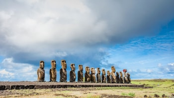 Moai Rise and Fall: Full Day Private Tour