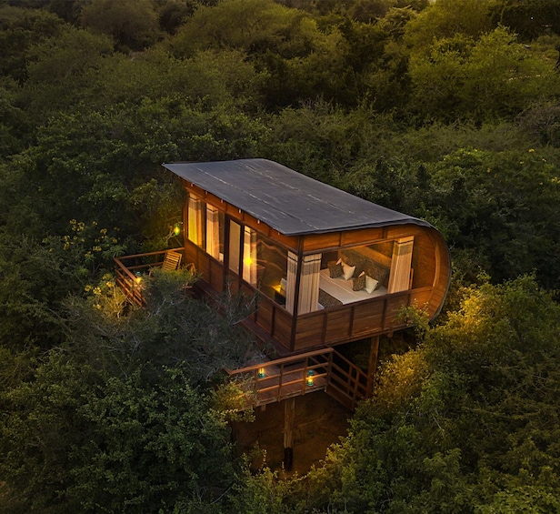 Private Overnight Luxury Leopard Safari - Yala National Park