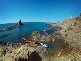 Kayak guided tours by Cabo de Gata coves