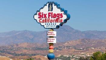 USA L.A. Six Flags Magic Mountain Ticket