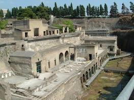 Tour to Pompeii and Mt. Vesuvius with Winery Visit