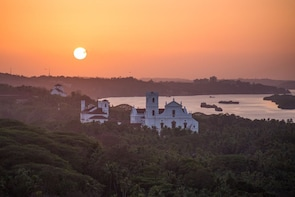 Heritage Walk of Campal, Goa - Guided Walking Tour