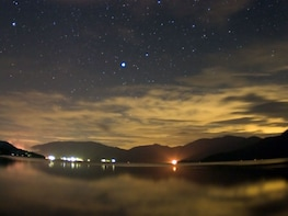 Night Canoeing with Sake and Snacks on Lake Aoki in Hakuba