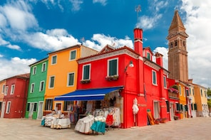 EXCURSION BY BOAT TO MURANO & BURANO ISLANDS