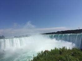Washington.DC to Niagara falls Canada round trip.