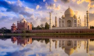 From Delhi: Day Trip to Taj Mahal, Agra Fort and Baby Taj