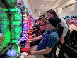 Pachinko Japan Entertainment Experience in Osaka